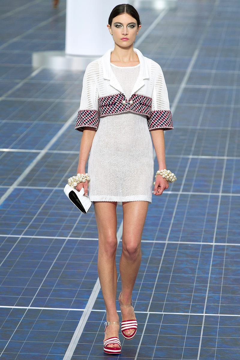Chanel, Spring 2013 — Taryn Cox The Wife- photo #50