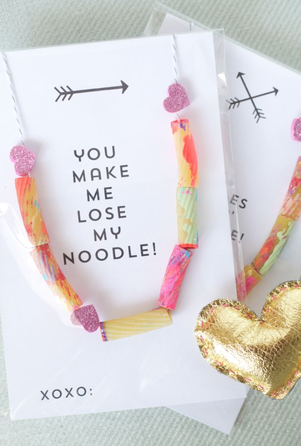 Arts and crafts taryn cox the wife valentines day noodle necklace solutioingenieria Images